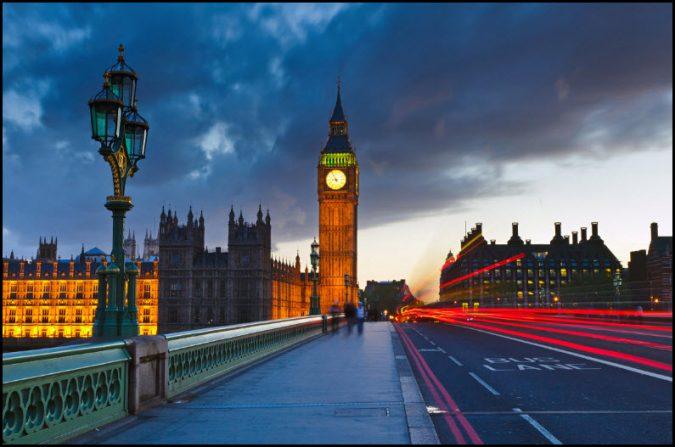 London- Important times, attempting dual resistance breakout
